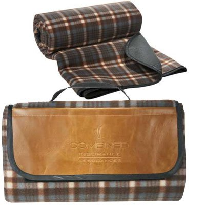Field and Co. Plaid Picnic Blanket